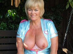 Different types of amateur mature and adult clips