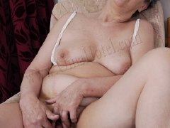 Grannies with big tits and big pussy on the pics