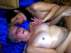 Horny granny gets her pussy licked by her GF