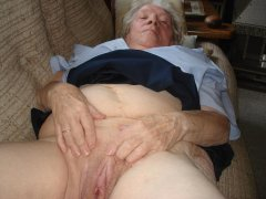 Old chubby granny showing her pussy and bigtits
