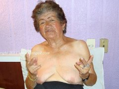 Only wrinkled grandmas with saggy tits amazing