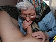 Grannies sucking dick and masturbation pussy toy