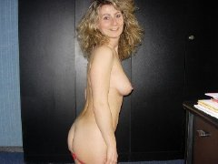 Hot Mature and milf ladies show her naked body