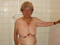 Naked old granny body is relax and play with pussy