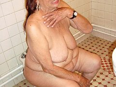 Erotic pictures of naked seniors