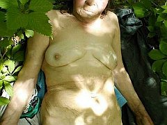 Wrinkled bbw granny and mature lady