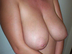 Sexy mature naked sweet tits showoff