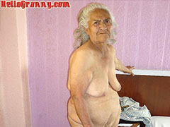 Horny skinny granny masturbate herself in bed