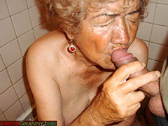 Older dick fucking old granny's mouth