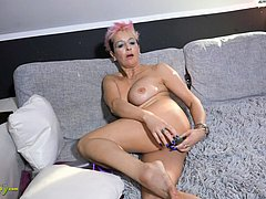 Very horny granny masturbate her ass well