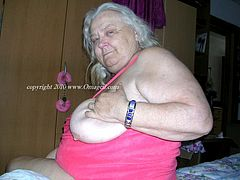 Amateur grandmas getting out their big tits