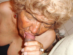 Latin granny 80yo love blowjob