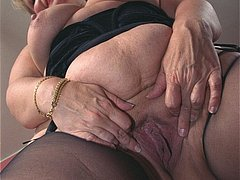 Amateur granny with old hairy snatch free
