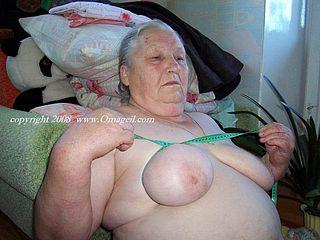 Big and enjoyable saggy granny tits naked