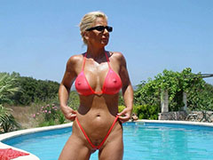 Horny milfs and old mature wives pictures