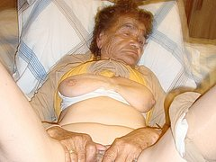 Sexy old amateur granny in the bedroom