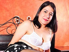 Mature latina awesome curvy chubby body