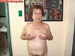 Old mom without panties in the bedroom