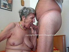 Very old amateur grannies getting wild