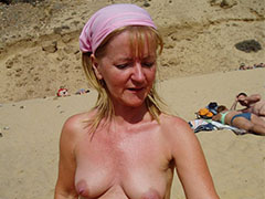 Amateur homemade old milf nude pictures