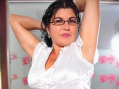 Latin mature lady showing off her hot body