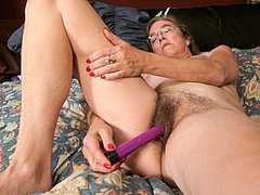 Mature ladies masturbating their old wrinkles